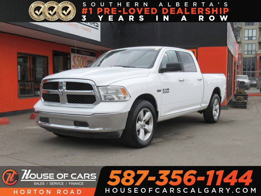 Pre-Owned 2018 Ram 1500 SLT/ Bluetooth/ Low KMs!