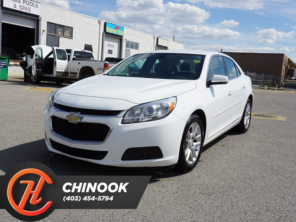 Pre-Owned 2014 Chevrolet Malibu 1LT w/ Bluetooth,Backup Camera