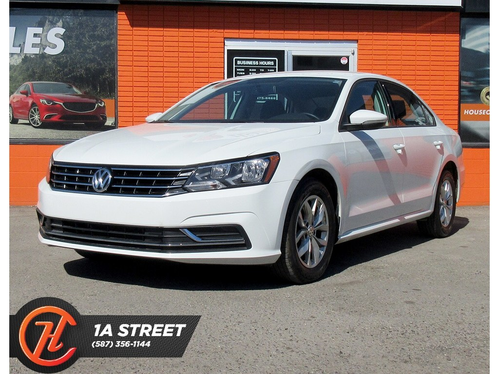 Pre-Owned 2018 Volkswagen Passat 2.0 TSI Trendline+/BACKUPCAM/HEATED SEATS/MORE