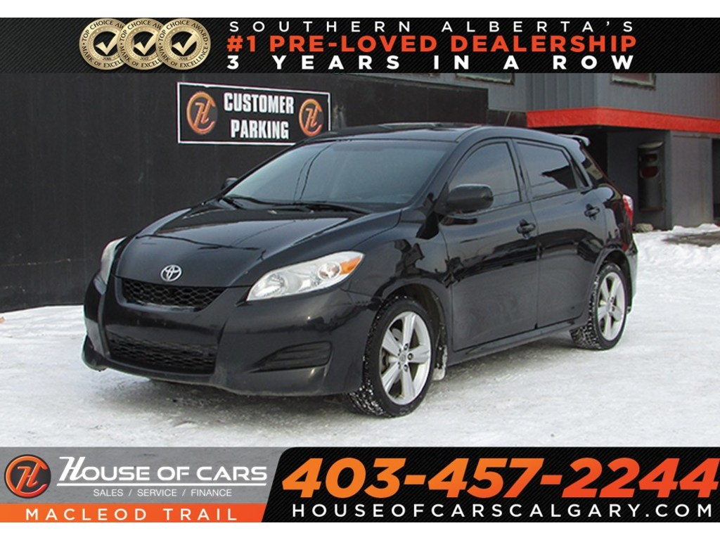 Pre-Owned 2010 Toyota Matrix XR / FWD Sedan / Mechanic Special