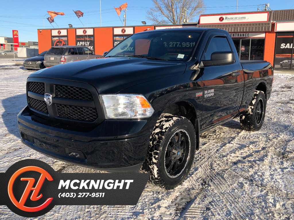 Pre-Owned 2014 Ram 1500 4WD / Leather