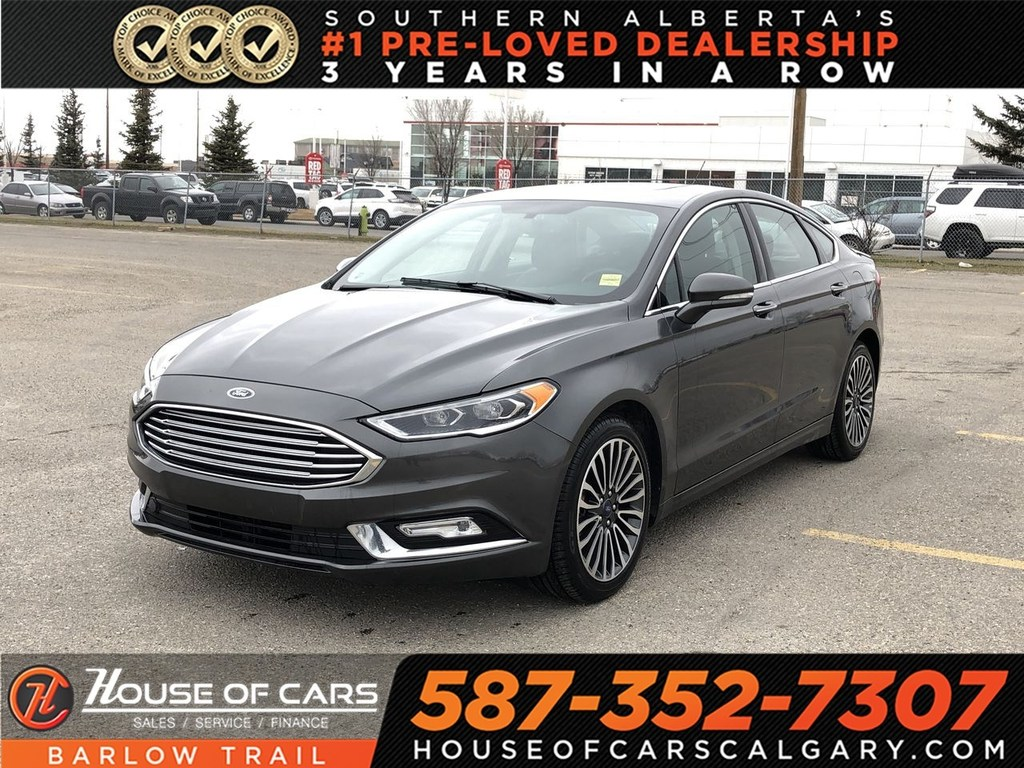 Pre-Owned 2017 Ford Fusion SE / Navi/ Leather Seats / Back up Camera