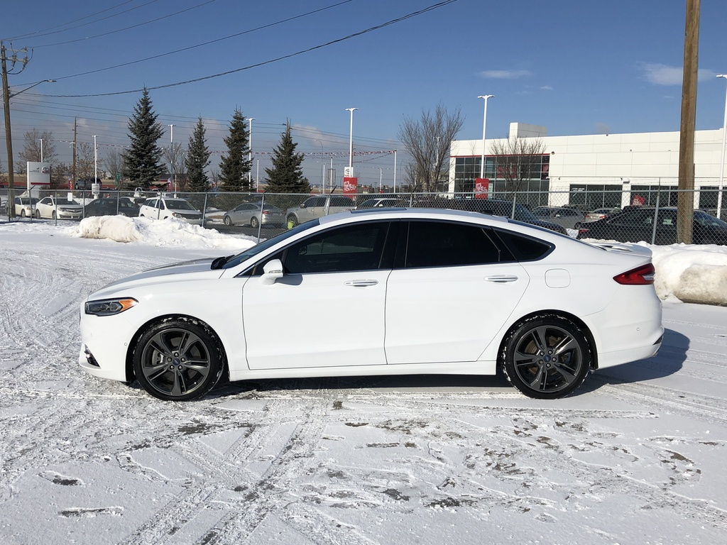 Pre-Owned 2018 Ford Fusion Sport AWD / Navi / Leather / Sunroof