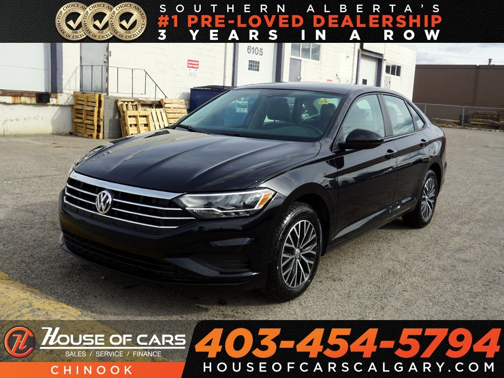 Pre-Owned 2019 Volkswagen Jetta Highline w/ Bluetooth,Backup Camera,Heated Seats