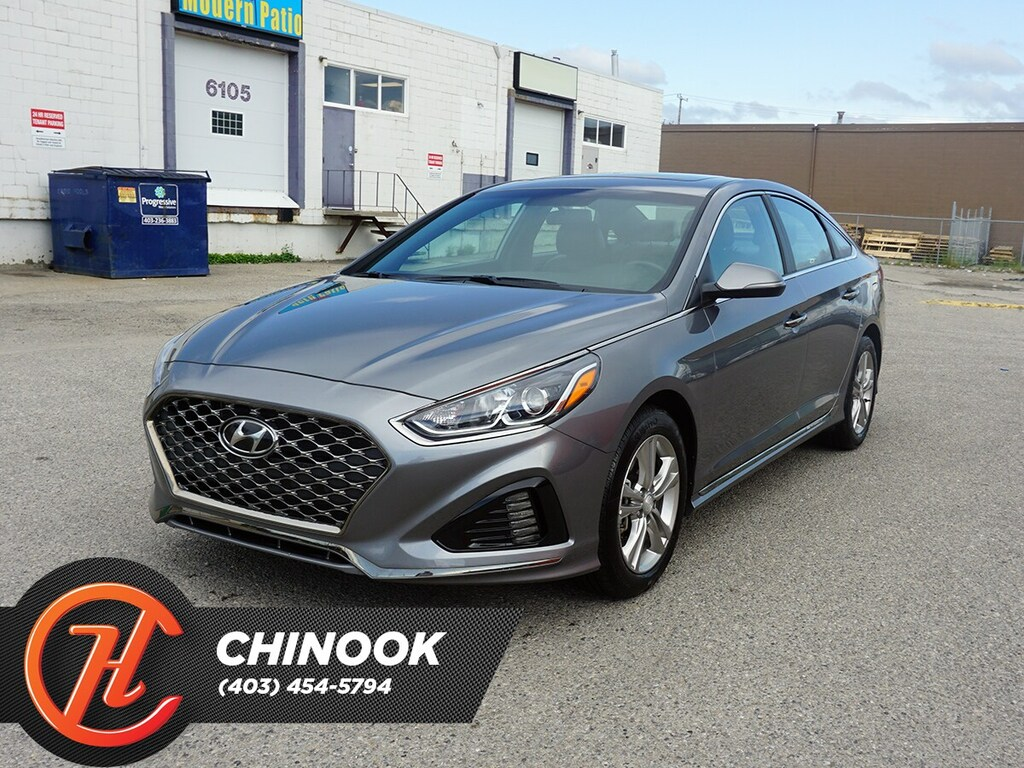 Pre-Owned 2019 Hyundai Sonata Essential w/ Heated Seats,Bluetooth,Backup Cam