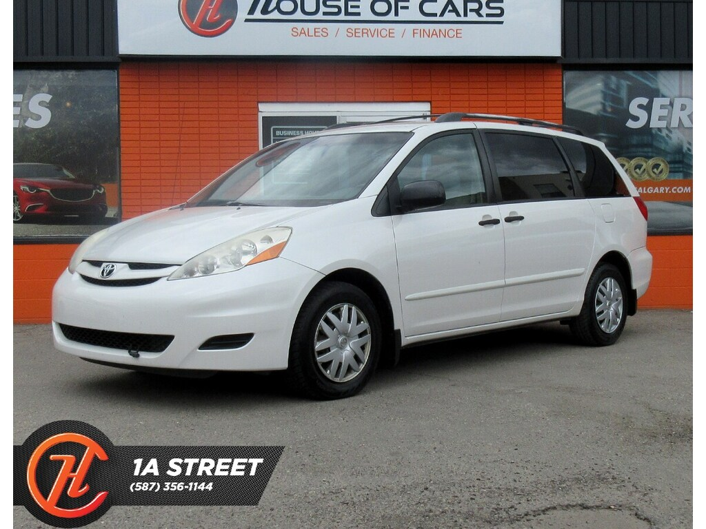 Pre-Owned 2007 Toyota Sienna CE 7 Passenger/AUX/HATCH/MORE