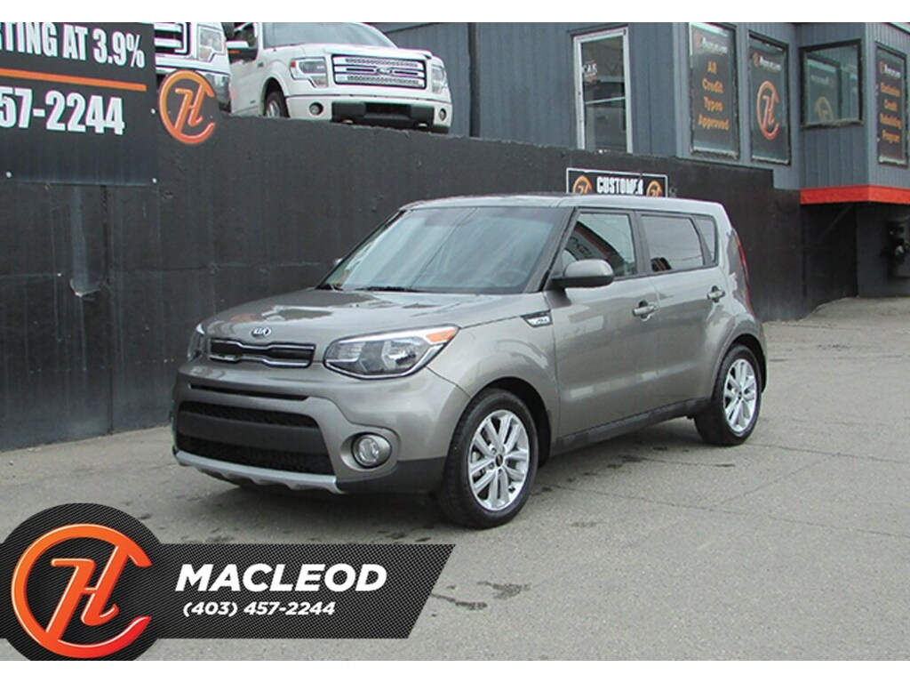 Pre-Owned 2019 Kia Soul EX,Bluetooth,Heated Seats,Backup Camera FWD