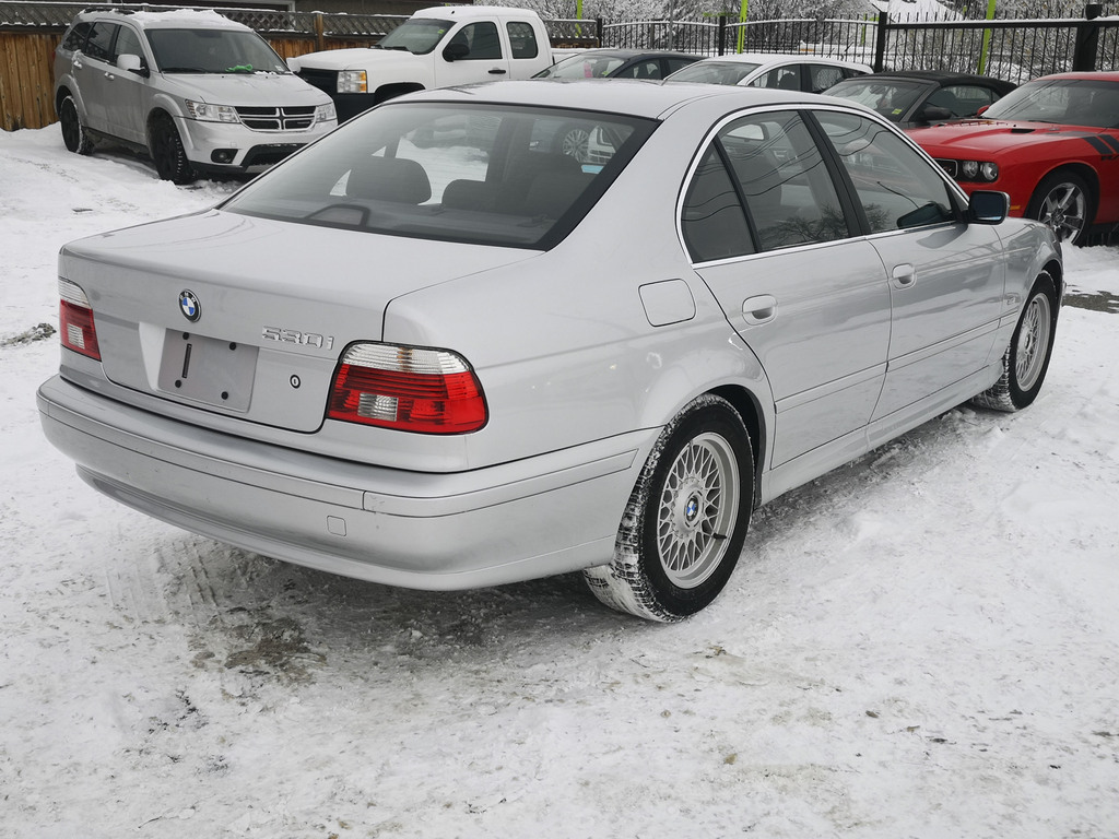 Pre-Owned 2001 BMW 530I 530i / Heated Seats / Heated Steering Wheel