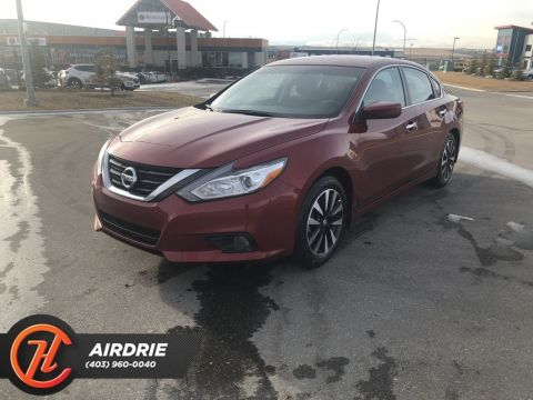 Pre-Owned 2018 Nissan Altima SV