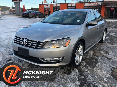 Pre-Owned 2014 Volkswagen Passat Leather / Sunroof / Back up cam