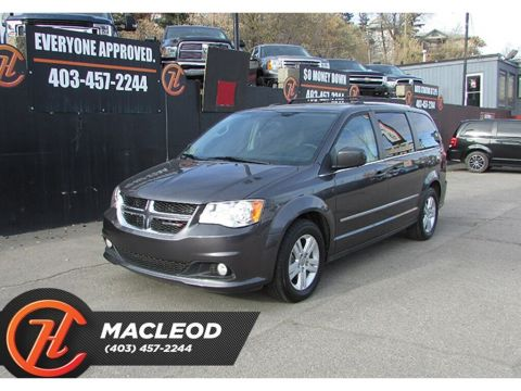 Pre-Owned 2017 Dodge Grand Caravan Crew