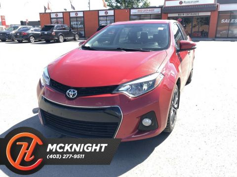 Pre-Owned 2015 Toyota Corolla S / Leather / Sunroof / Back up cam