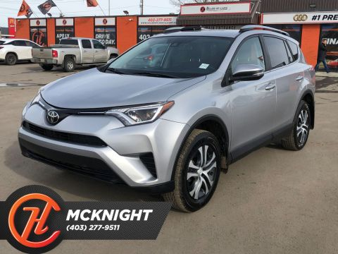 Pre-Owned 2017 Toyota RAV4 AWD 4dr LE / Back up cam / Heated seats