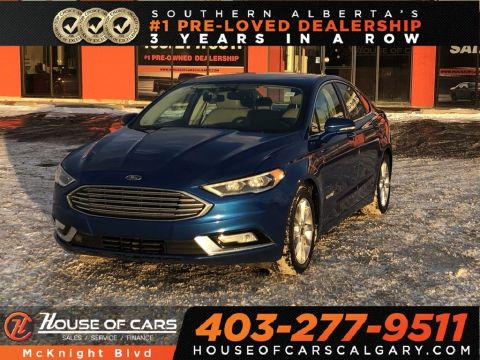 Pre-Owned 2017 Ford Fusion Hybrid SE / Leather / Back Up Cam / Heated seats