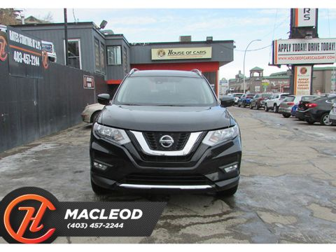 Pre-Owned 2019 Nissan Rogue AWD SV