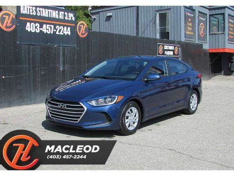 Pre-Owned 2018 Hyundai Elantra LE,Heated Seats,Bluetooth,FWD Sedan