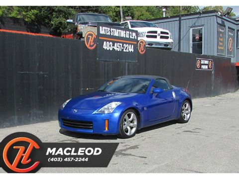Pre-Owned 2007 Nissan 350Z w/Black Top