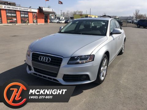 Pre-Owned 2009 Audi A4 2.0T / Leather / Sunroof